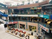 Zakupy centrum handlowe zdjęcia royalty free