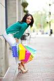 zakupy czarny kobieta Obrazy Royalty Free
