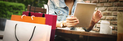 Zakupy kupienia handlu klienta szczęścia pojęcie obrazy stock