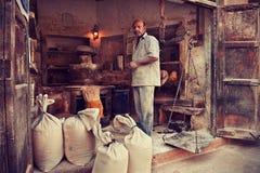 Zakurzony pszenicznej mąki handlarz zdjęcia royalty free