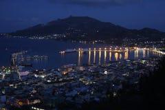 Zakynthos-Hafen-Nachtansicht Stockbilder