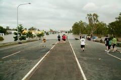 zalewa Queensland drogę pod wodą obraz royalty free