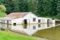 Zalewający rolny budynek fotografia stock