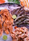 Zalm met zeevruchten Stock Fotografie
