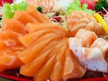 Zalmvissen met omega3 stock fotografie