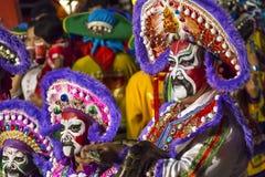 Zaludnia z tradycyjnym opera kostiumem w paradzie Chinatown parada Obrazy Stock