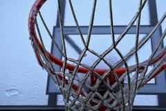 Zamarznięty koszykówka obręcz Obrazy Stock