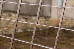 Zamarznięty metalu grill po wśliznąć na lodzie zdjęcia royalty free