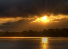 Zamarznięty Rzeczny wschód słońca obrazy royalty free