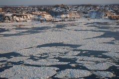 zamarznięta rzeka Zdjęcie Royalty Free