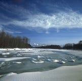 zamarznięta rzeka Zdjęcia Royalty Free