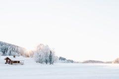 Zamarznięty jezioro w Lapland Obrazy Stock