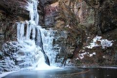 Zamarznięty waterfall-1 Obrazy Royalty Free