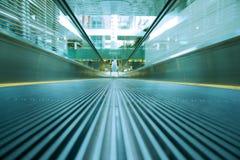 zamazany eskalatoru ruchu chodzenie Fotografia Stock