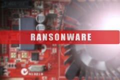 Zamazujący obwód deska z dużym mikroukładem Cyber ochrony pojęcie z ransonware tekstem Obrazy Royalty Free