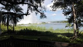 Zambia del río Zambezi de la costa Imagen de archivo