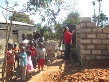 Zambiskt hålla ögonen på för barn Arkivbilder