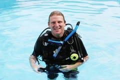 Zambullidor de equipo de submarinismo Foto de archivo