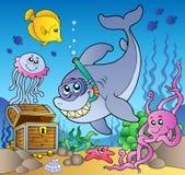 Zambullidor del tiburón con el pecho de tesoro libre illustration