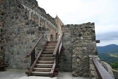 zamek Dunaj ponad ścianą rzeki zdjęcia royalty free