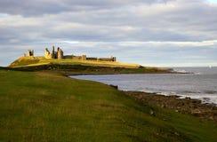 zamek dunstanburgh obraz royalty free