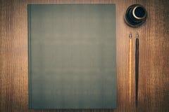Zamknięta zieleni książka Obrazy Stock