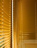 Zamknięte kolor żółty żaluzje Obrazy Stock