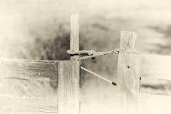Zamkniętego Norwegia gospodarstwa rolnego ogrodzenia sepiowy tło Zdjęcie Royalty Free