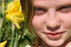 zamkniętej dziewczyny portret w górę potomstw Zdjęcie Royalty Free