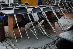 Zamknięty bar, kawiarnia lub restauracja, zakończenie up na krześle fotografia royalty free