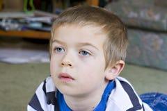 zamknięty chłopiec portret szczery zamknięty Zdjęcia Royalty Free