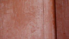 Zamknięty czerwony drewniany drzwi, stara drewniana tekstura, dziejowi artefakty zbiory