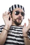 Zamknięty, Desperacki, portret mężczyzna więzień w więźniarskim stroju, ov Zdjęcia Stock