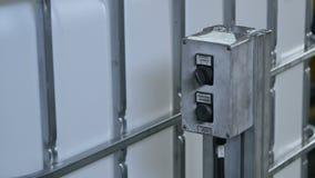 Zamknięty pulpit operatora i Masowy zbiornik Odtransportowywający konwejerem zbiory wideo