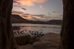 Zamknięta zatoczka w Aguilas przy zmierzchem, Murcia Zdjęcia Stock