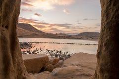Zamknięta zatoczka w Aguilas przy zmierzchem, Murcia Zdjęcie Stock