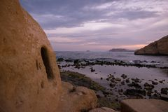 Zamknięta zatoczka w Aguilas przy zmierzchem, Murcia Obraz Royalty Free