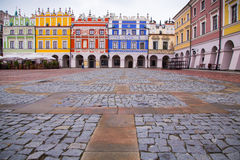 Zamosc marknadsfyrkant, Polen Arkivbilder