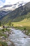 Zamser ström i den Tyroler Ziller dalen, Österrike royaltyfri foto