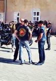 Zamykać 6th motoseason skojarzeniem Dziki rowerzysta MCC w Ukraina Ivano-Frankivsk zdjęcie stock