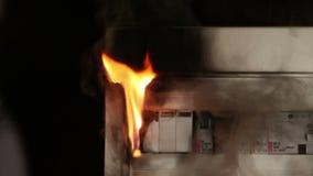Zamyka strzał niepowodzenie w elektrycznej topikowej szafie zbiory
