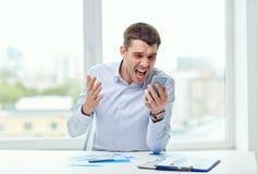 Zamyka up biznesmen z smartphone Obrazy Stock