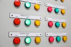 Zamyka up Elektryczny metr, Elektryczni oszczędnościowi metry dla kompleksu apartamentów lub na morzu ropa i gaz roślina, Zdjęcia Royalty Free