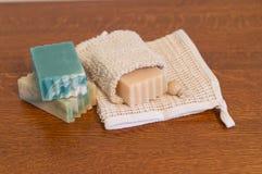 Zamyka Up kózki mleka Ramie i mydła Washcloth Obrazy Stock
