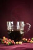 Zamyka up kawowe i świeże surowe kawowe fasole Obraz Stock
