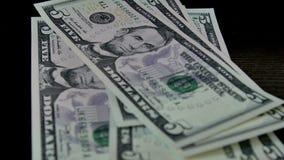 Zamyka up liczyć dolarowych rachunki UltraHD materiał filmowy zbiory wideo