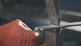 Zamyka up metal części fabrykuje z maszyną zbiory wideo