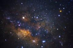 Zamyka up milky sposobu galaxy z gwiazdami i interliniuje pył w un obrazy stock