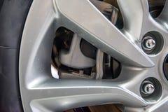 Zamyka up obręcze od sportowego samochodu Obraz Stock