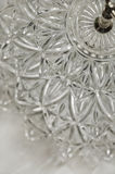 Zamyka up płatowaty krystaliczny porci naczynie obraz stock